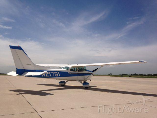 Cessna Skyhawk (N21791)