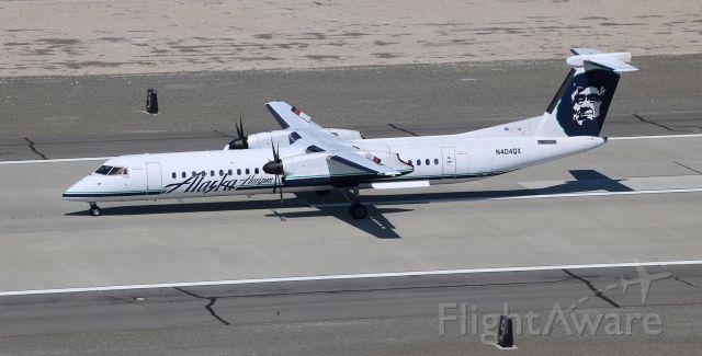 de Havilland Dash 8-400 (N404QX) - *