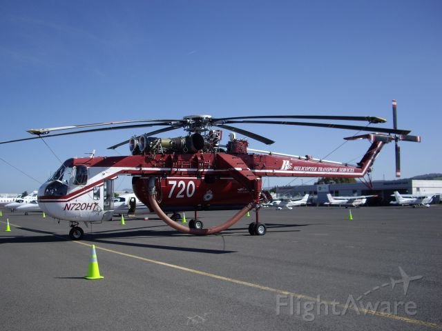 N720HT — - Sikorsky CH-54B Skycrane. Special built water tank holds 2,600 gallons and can be filled in 45 seconds.