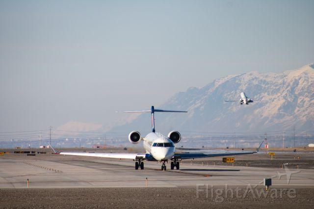 Canadair Regional Jet CRJ-700 (N656CA)