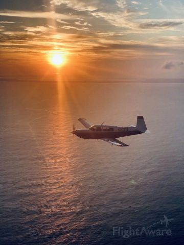 Mooney M-20 (N9171Z) - Heading back to New Bight after snorkel trip to Governor's Harbour