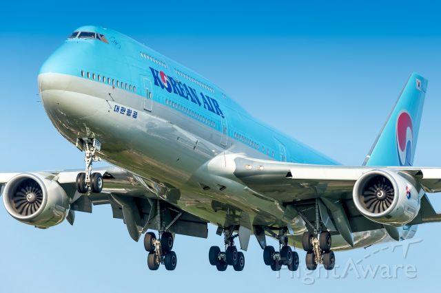BOEING 747-8 (HL7632)