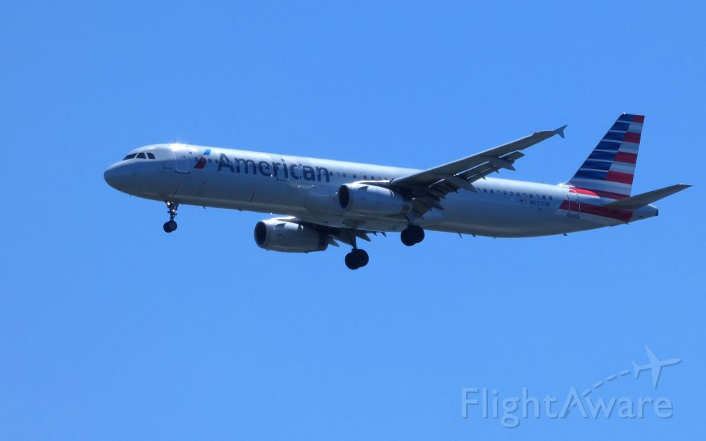 Airbus A321 (N537UW) - Shown here on approach is an American Airlines Airbus A321 in the Summer of 2018.