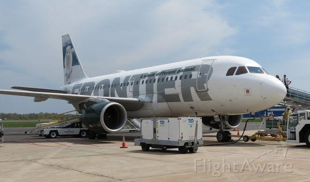 Airbus A319 (N938FR) - Misty the Artic Fox