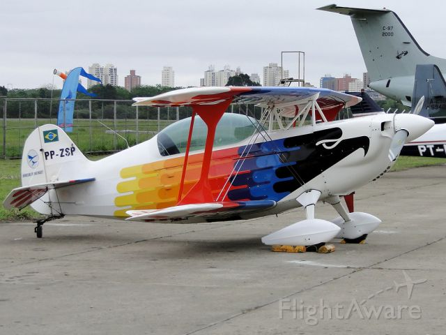 """PP-ZSP — - """"Sun Air"""" in 2010 PAMASP. Static display of acrobatic Christen Eagle II, the AeroClube of Sao Paulo, recently donated to the Museum of TAM."""