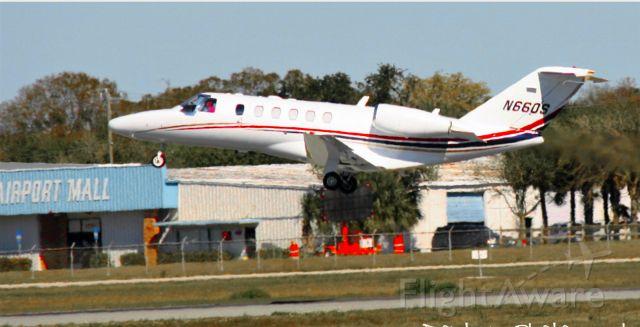 Cessna Citation CJ2+ (N660S) - A 2006 Cessna Citation CJ2+ departing on runway 32 at Sarasota-Bradenton International Airport.