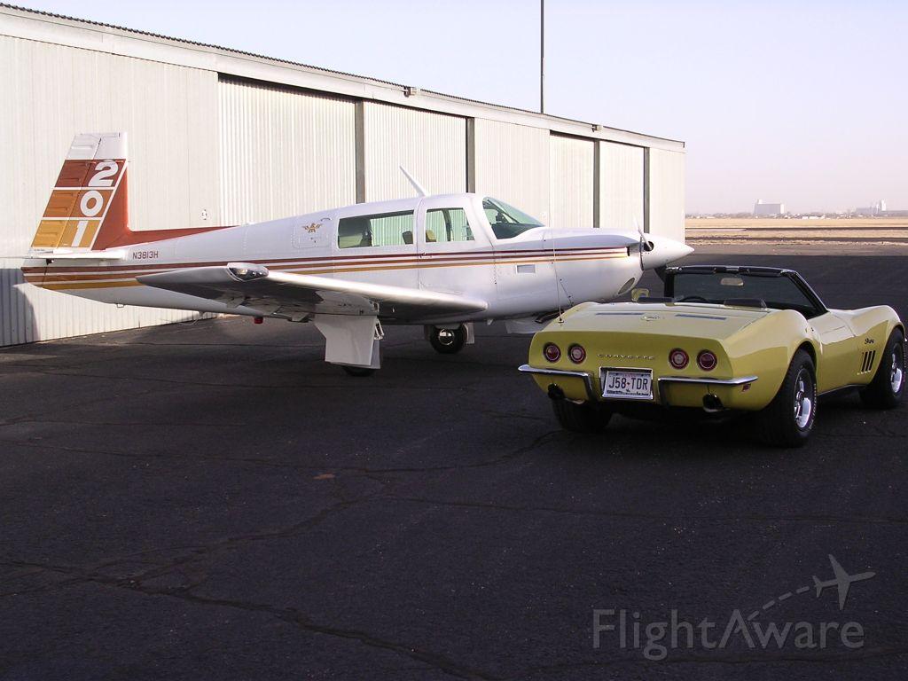 Beechcraft 35 Bonanza (N3813H)