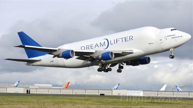 Boeing 747-400 (N718BA) - GTI4532 climbs from runway 16R to begin a flight to KCHS on 11/21/12. (LN:932 c/n 27042).