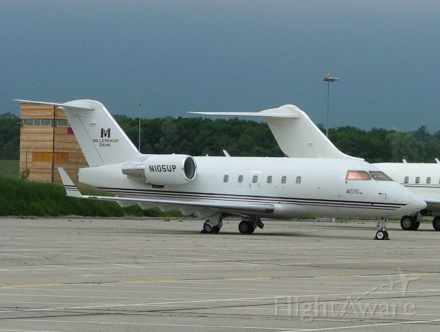 Canadair Challenger (N105UP) - EBACE 2008