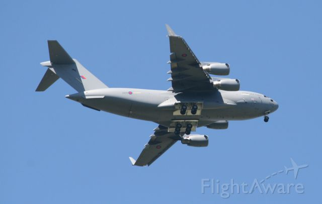 Boeing Globemaster III (ZZ178) - On finals over Fairford, Glos.   May 1 2013