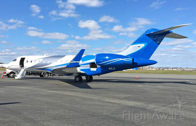 Bombardier Global Express (N1LS) - Love the colors on the is gorgeous Global Express