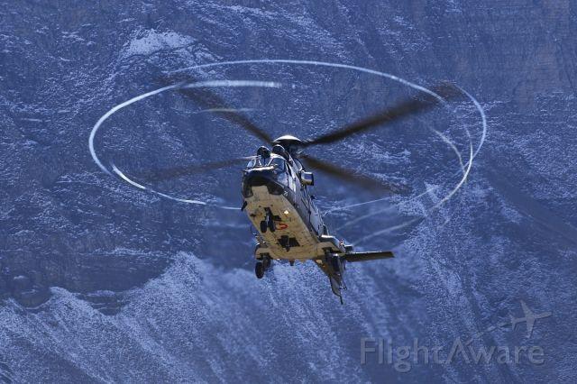 TUSAS Cougar (T335) - Eurocopter AS532 Cougar - Swiss Airforce - Super Puma Display Team at Axalp shooting range (Switzerland)