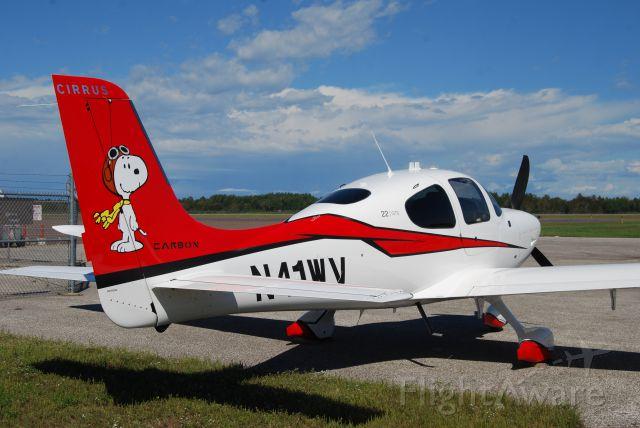 Cirrus SR-22 (N41WV)