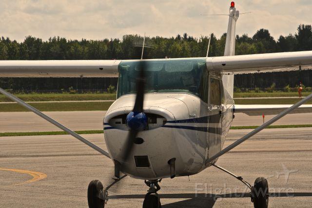 Cessna Skyhawk (N7762X) - N7762X