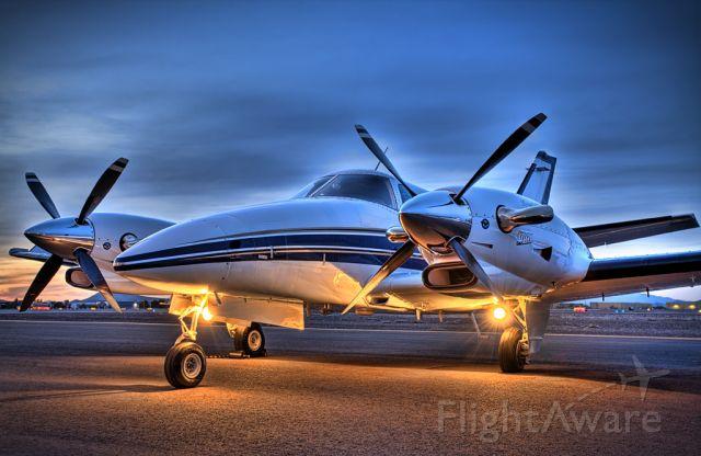 Beechcraft Duke (N724RK)