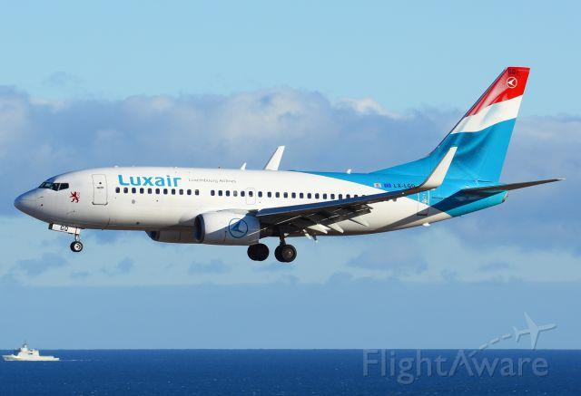 Boeing 737-700 (LX-LGQ)