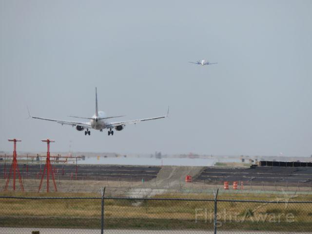 Boeing 737-800 (N39436)