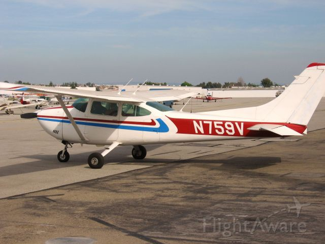 Cessna Skylane (N759V) - Parked at Fullerton