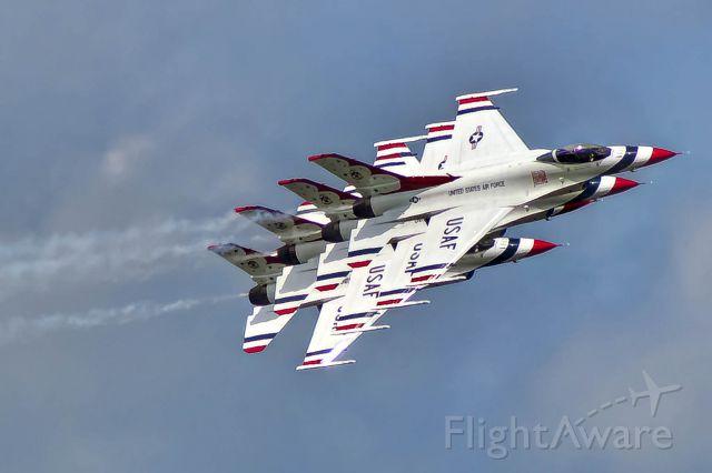 Lockheed F-16 Fighting Falcon — - The U.S.Thunderbirds do a trail formation at Robins AFB.