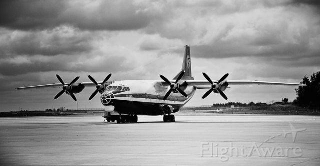 Antonov An-12 (UR-RWF)