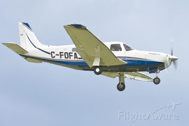 Piper Lance 2 (C-FOFA) - Arriving on 24 - 26.Apr.10