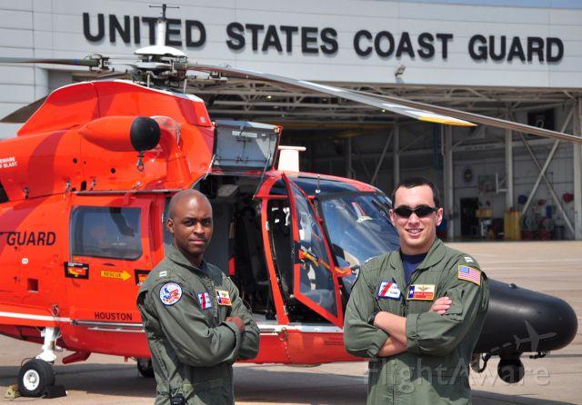 — — - Coast Guard Air Station Houston aviators before patrol