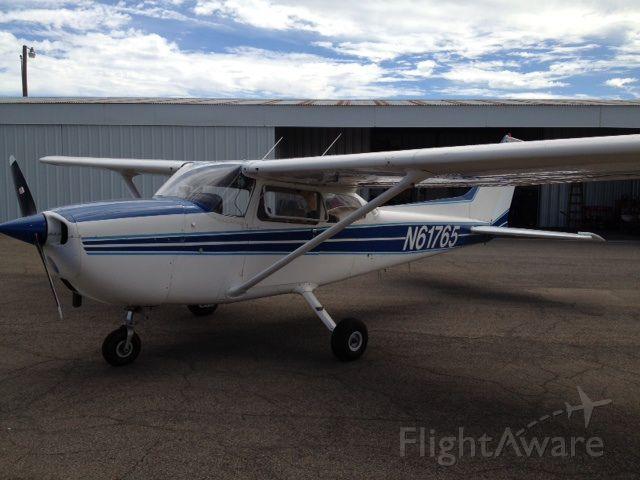 Cessna Skyhawk (N61765)