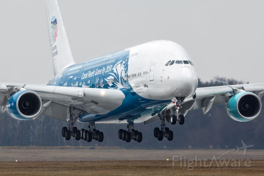 Airbus A380-800 (9H-MIP)
