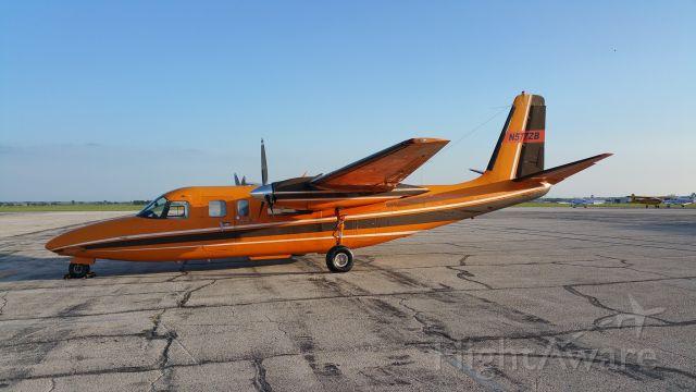 Aero Commander 500 (N577ZB) - Sitting at KIXD