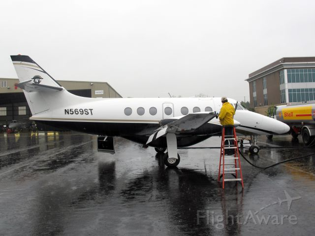 British Aerospace Jetstream Super 31 (N569ST) - First class service at the FBO of CFM Corporate Flight Management.