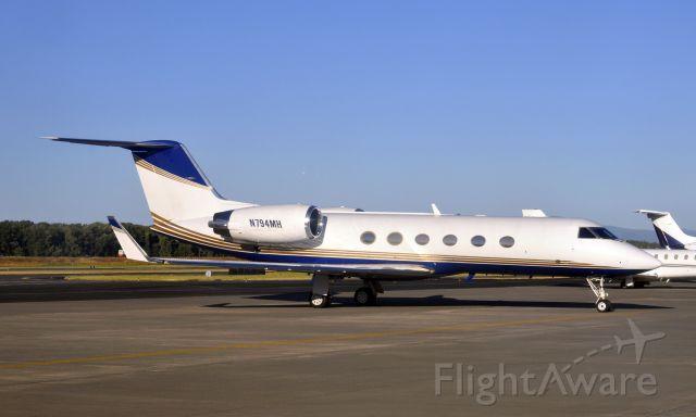 Gulfstream Aerospace Gulfstream IV (N794MH) - Pegasus Elite Aviation Gulfstream Aerospace G-IV-X Gulfstream G450 N794MH in Portland