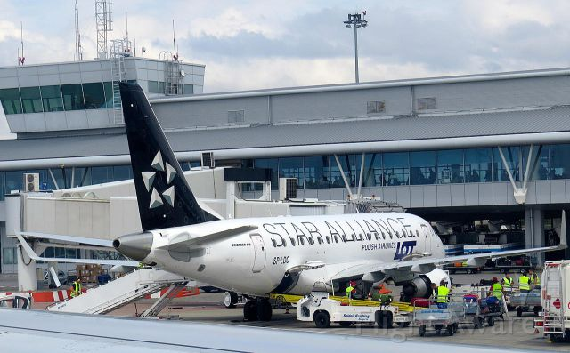 Embraer 170/175 (SP-LDC) - A LOT Embraer 170 in Star Alliance livery at Sofia International