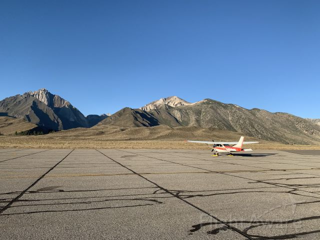 Cessna Skylane (N71164) - KMMH