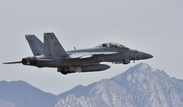 McDonnell Douglas FA-18 Hornet (16-6886) - VX-9 flight demo at China Lake Airshow