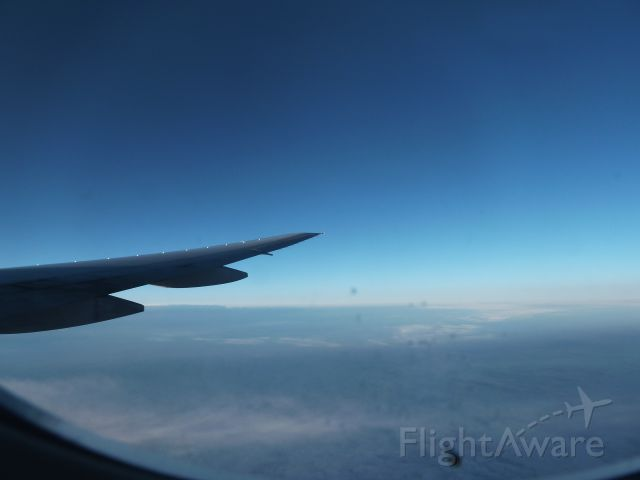 Boeing 777-200 — - On my way!