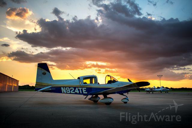 """Grumman AA-5 Tiger (N924TE) - <a rel=""""nofollow"""" href=""""http://flightaware.com"""">https://flightaware.com</a><br /><br />sunset"""