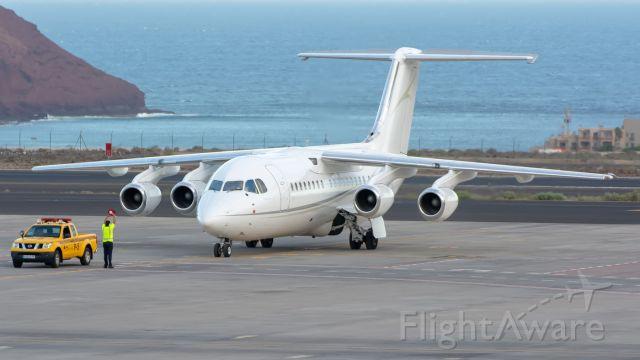 Embraer ERJ-145 (G-RAJJ)