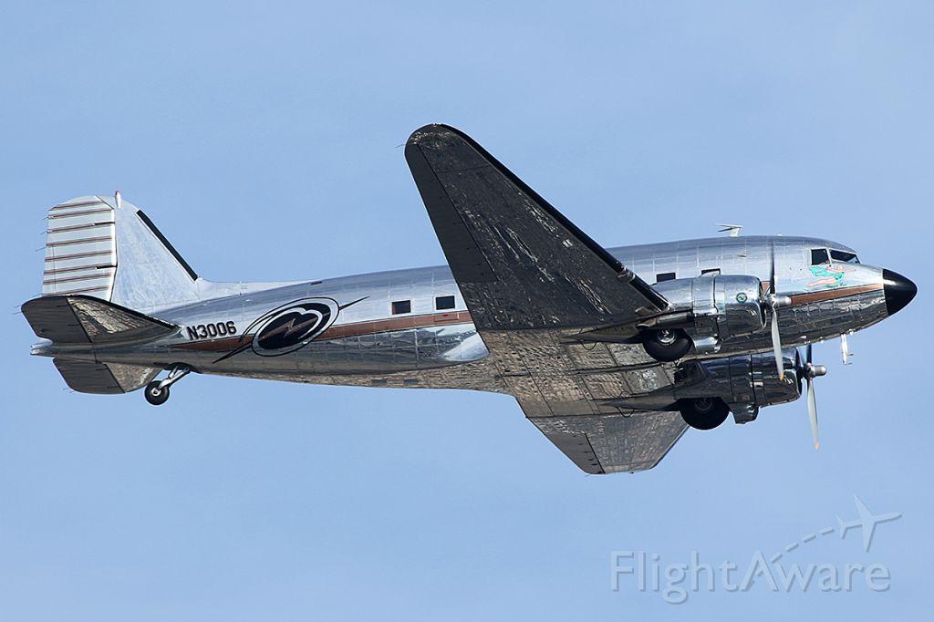 Douglas DC-3 (N3006) - Takes off.