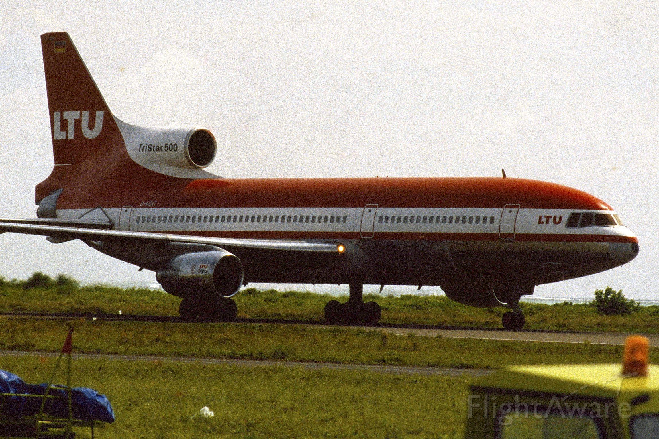 Lockheed L-1011 TriStar (D-AERT) - 1987 at Malé