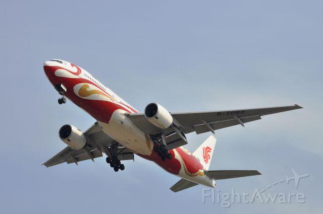 Boeing 777-200 (B-2060)