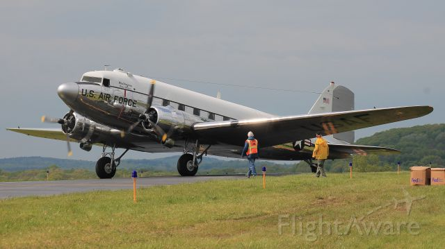 """Douglas DC-3 (N47E) - """"Miss Virginia"""" preparing to taxi during the D-Day Squadron Kickoff Week, 17 May 2019."""