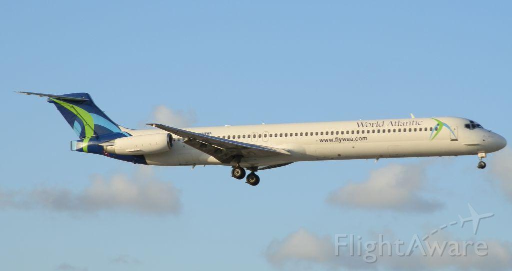 McDonnell Douglas MD-88 (N805WA)