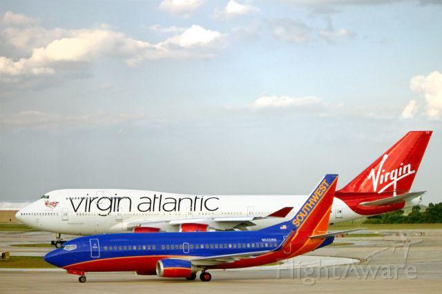 BOEING 737-300 (N630WN) - Virgin Atlantic B747 & Southwest B737 at KMCO