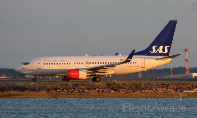 Boeing 737-700 (HB-JJA)