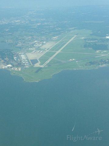 — — - Langley Air Force base at 3,000 ft
