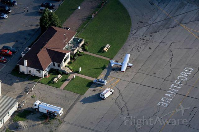 — — - Brantford Flying Club - the FBO
