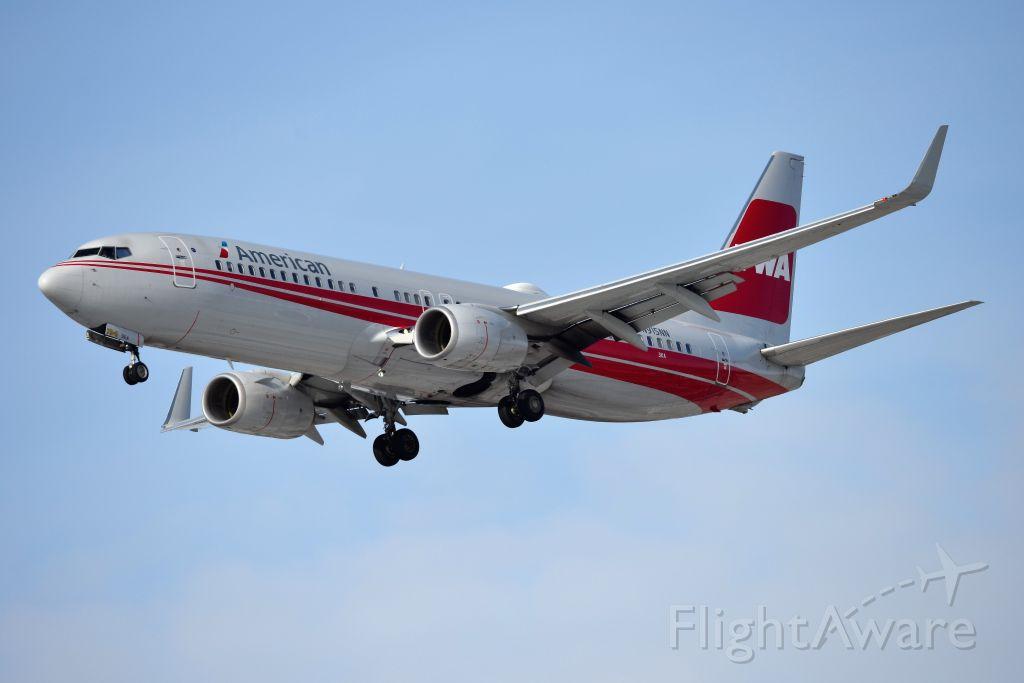Boeing 737-800 (N915NN) - TWA Heritage Jet. Arriving 23-R from DFW. 02-07-21
