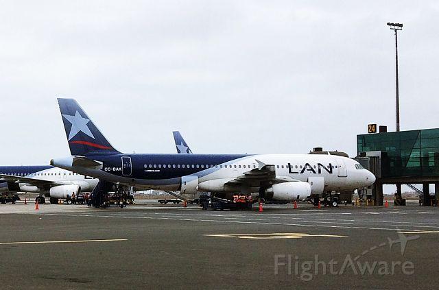 Airbus A320 (CC-BAK) - Airbus A.320-232