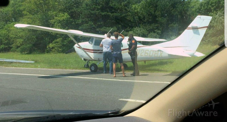 Cessna 206 Stationair (N2608X)