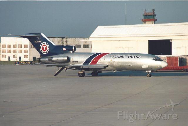 Boeing 727-100 (N935FT)
